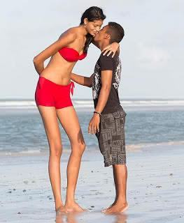 World's Tallest Teen Girl and Her Boy friend