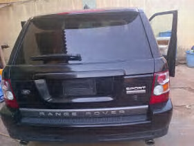 Terry G Buys New Range Rover Sports
