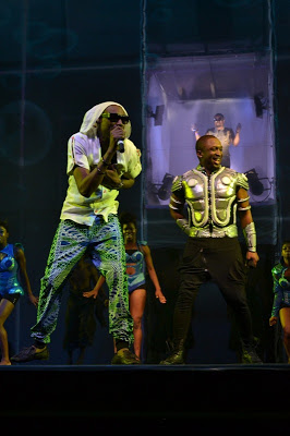 2Face and Darey performing at LLAM concert (2)