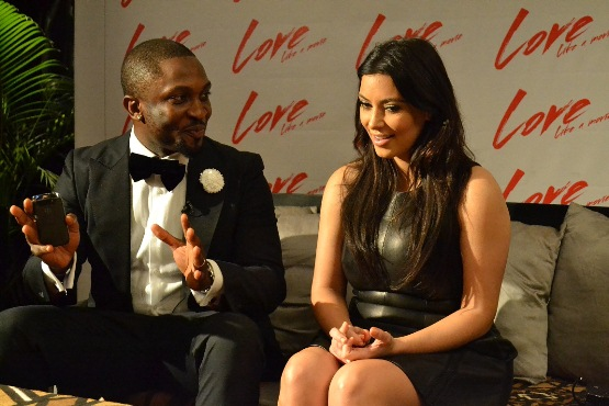KIM KARDASHIAN & DAREY DISCUSSING