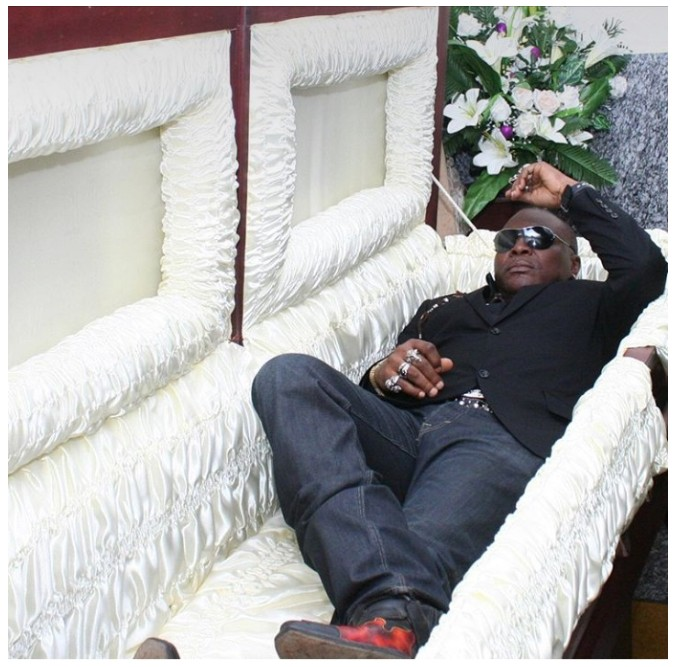 Charley boy shows off his casket
