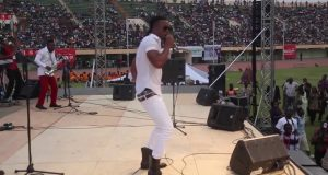 Flavour LIVE Performance in Burkina Faso [ViDeo]