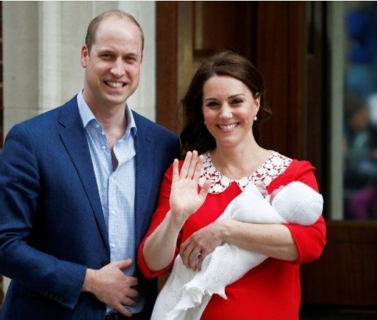 Kate Middleton & Prince Williams step out
