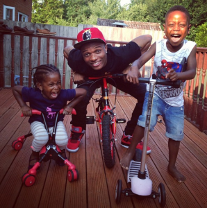 Wizkid kicks it with his niece and nephew in London
