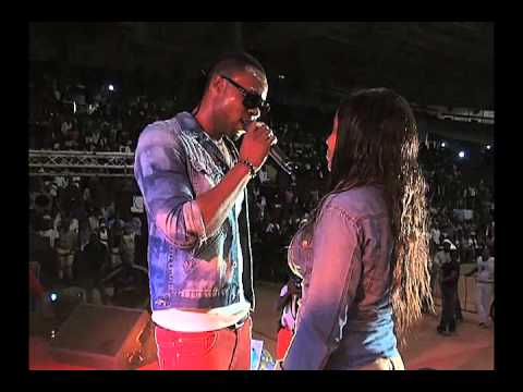 Flavour performance live in Cameroon [ViDeo]