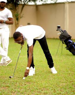 I Go Dye shares photos of himself and family playing golf (Photos)