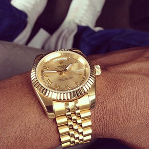Sean Tizzle Show His Rolex