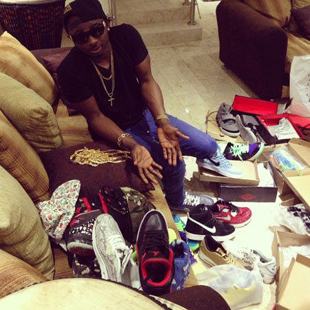 Sean Tizzle Shows Off His Rolex Naijavibe