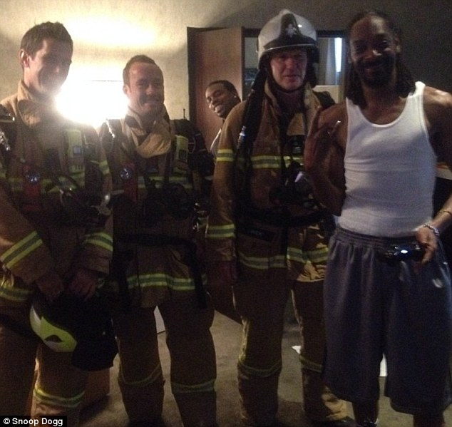 Snoop Dogg with Firemen in Melbourne
