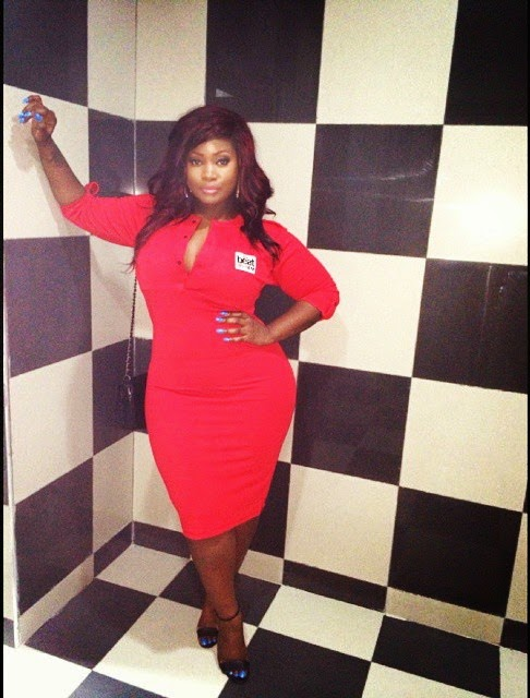 Toolz shows off mad curves