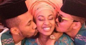 Phyno spotted kissing Muna
