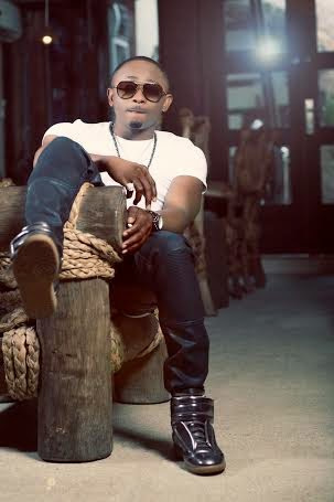 Sean Tizzle looking dapper in new promo pictures