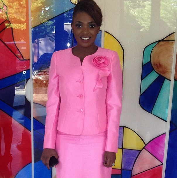 Annie steps out in pink suit