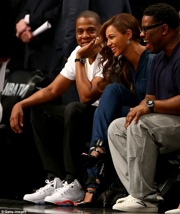 Beyoncé and Jay Z step out