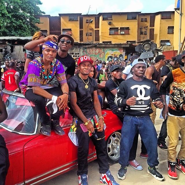 Wizkid shoots new music video in Surulere