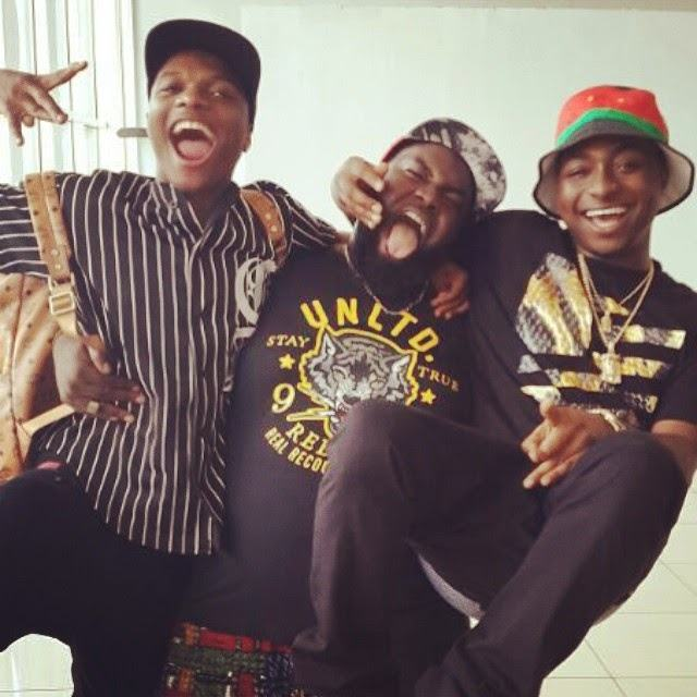 Wizkid spotted with Davido