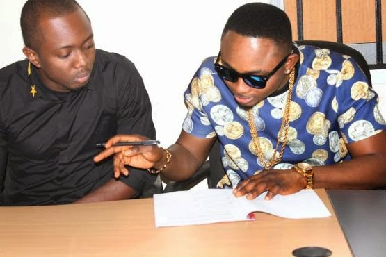 Sean Tizzle and D'tunes sign deal