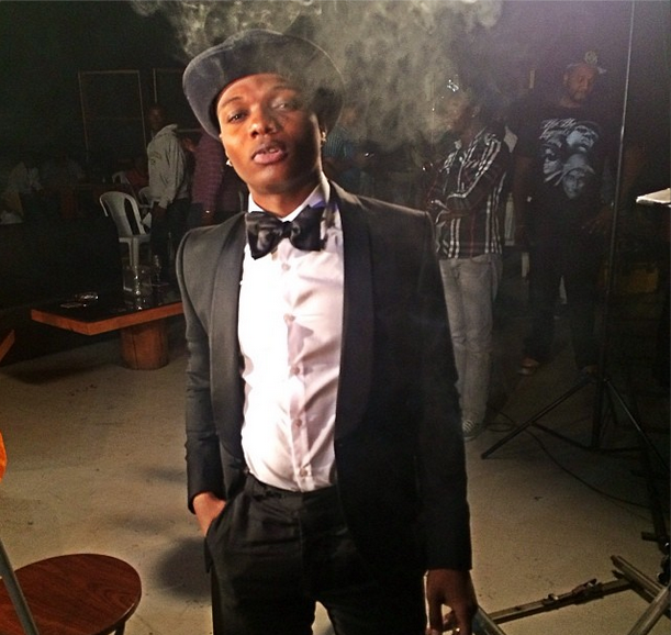 Wizkid stoned at saeon video shoo