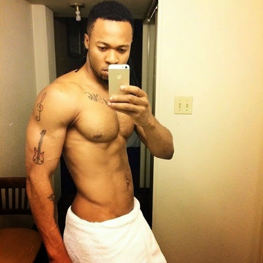 Flavour shares yet another pic in just towel