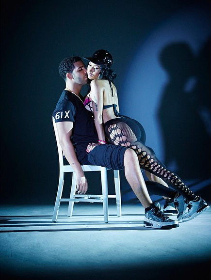 Nicki Minaj and Drake get freaky in Anaconda video