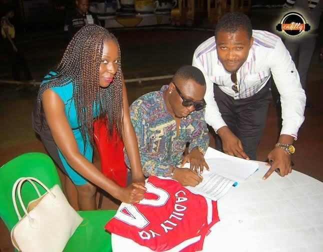 YQ signs new record deal