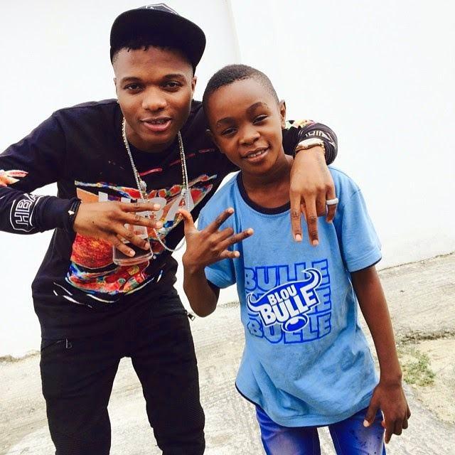 Wizkid chills with Patoranking's son