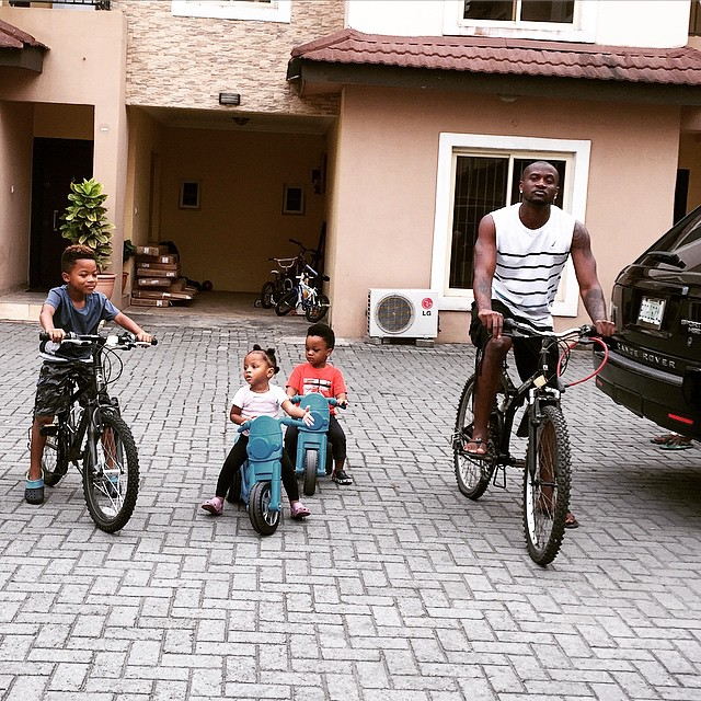 Peter Psquare goes on bike ride with his kids