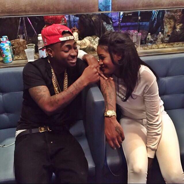 Davido all loved up with this pretty lady | Photo