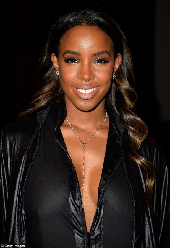 Kelly Rowland in Jumpsuit