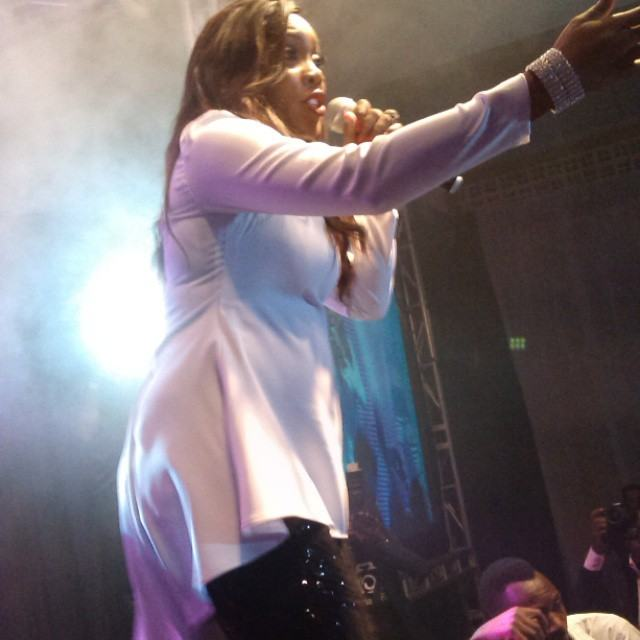 Tiwa Savage on stage with baby bump in Uganda