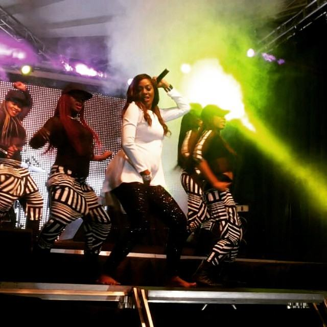 Tiwa Savage performs on stage with baby bump in Uganda