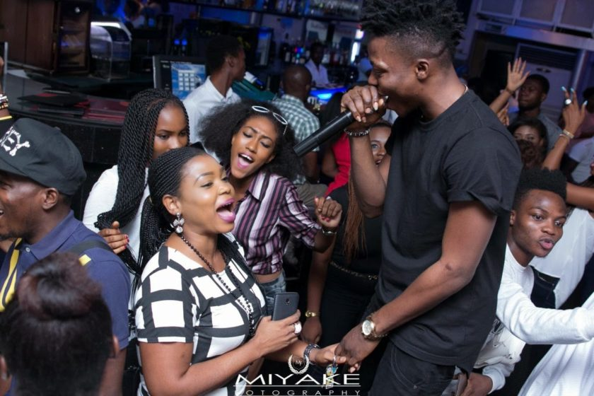 Reekado Banks thrill fans at The Stage Unplugged 1