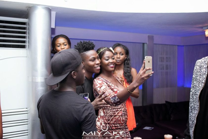 Reekado Banks thrill fans at The Stage Unplugged 3