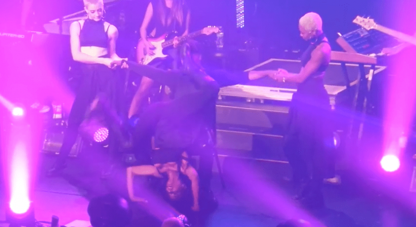 Ciara Mistakenly Kicks Fan's Face During Lapdance Treat