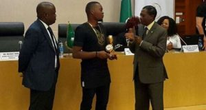 Olamide wins AFRIMA 2014 Best Album Award in Ethiopia