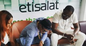 Olamide renews with Etisalat