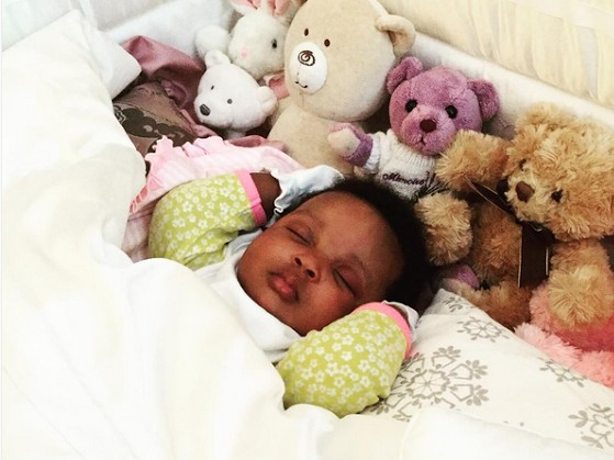 Dr Sid shares adorable photo of his daughter