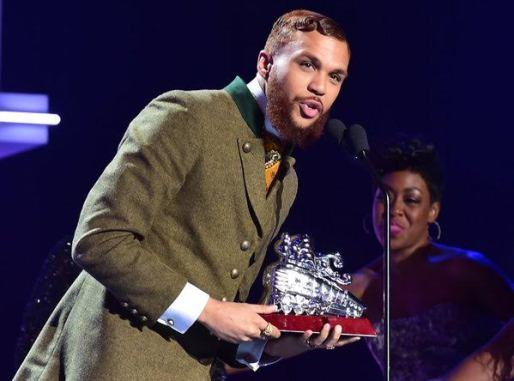 Jidenna wins Best New Artist at 2015 Soul Train Awards