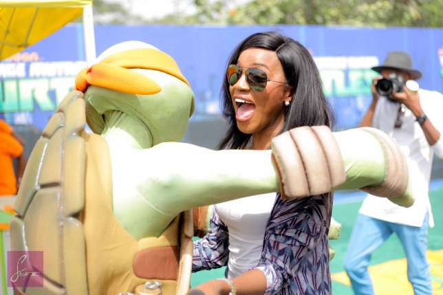 Seyi Shay Hangs Out With Orphans At The Nickelodeon Kids Event