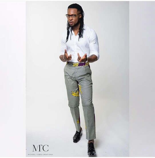 Flavour looks dapper in new photos