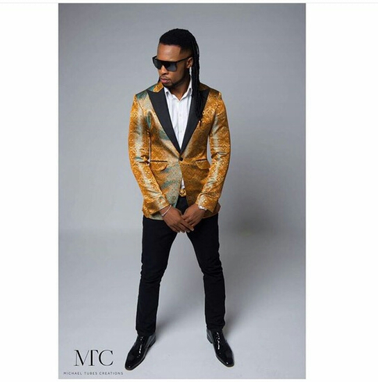 Flavour looks dapper