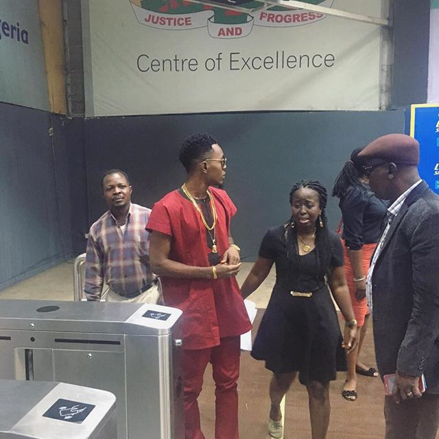 Patoranking sign With Lagos City Marathon