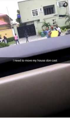 Davido is tired of beggars coming to his house