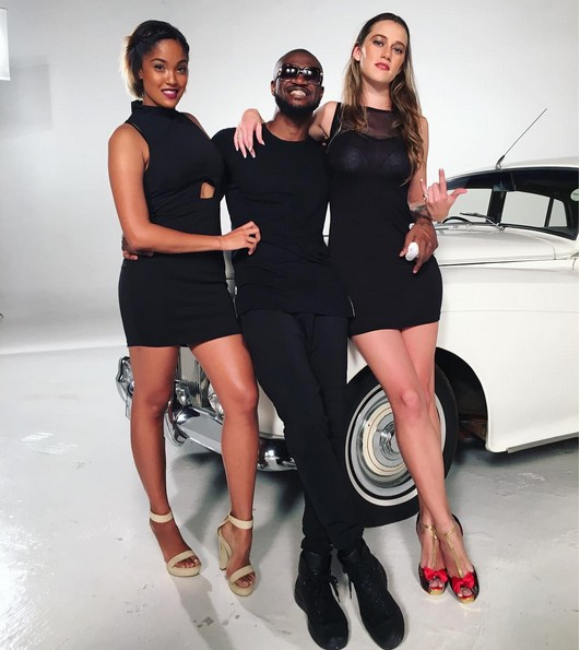 Peter on set with sexy models