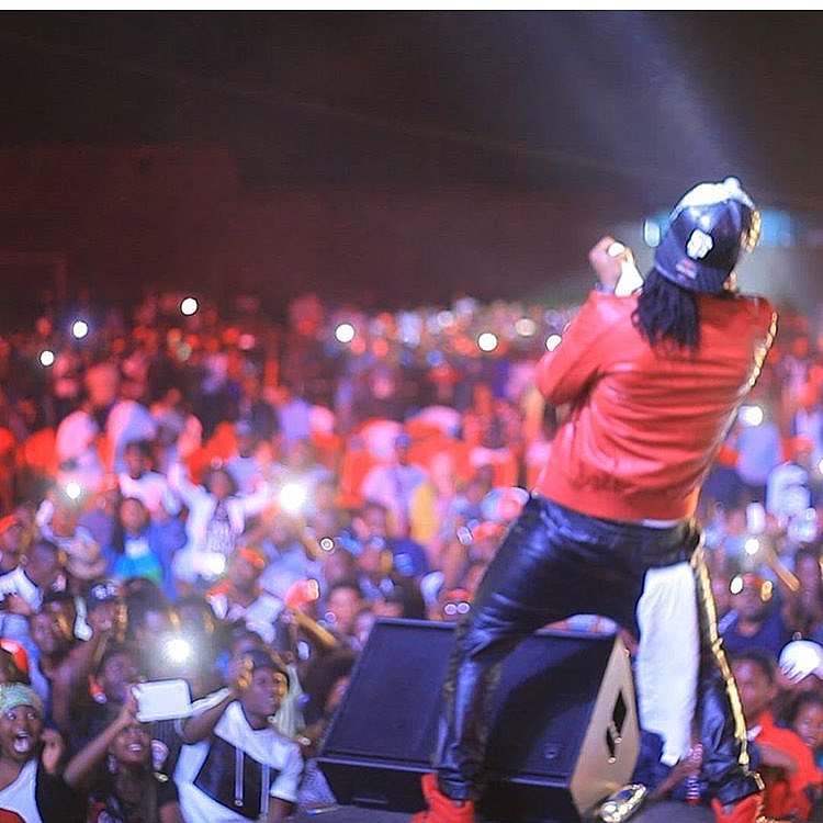 Paul Okoye perform alone as PSquare