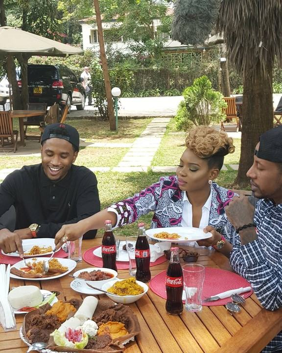 Yemi Alade Hangs Out With Trey Songz