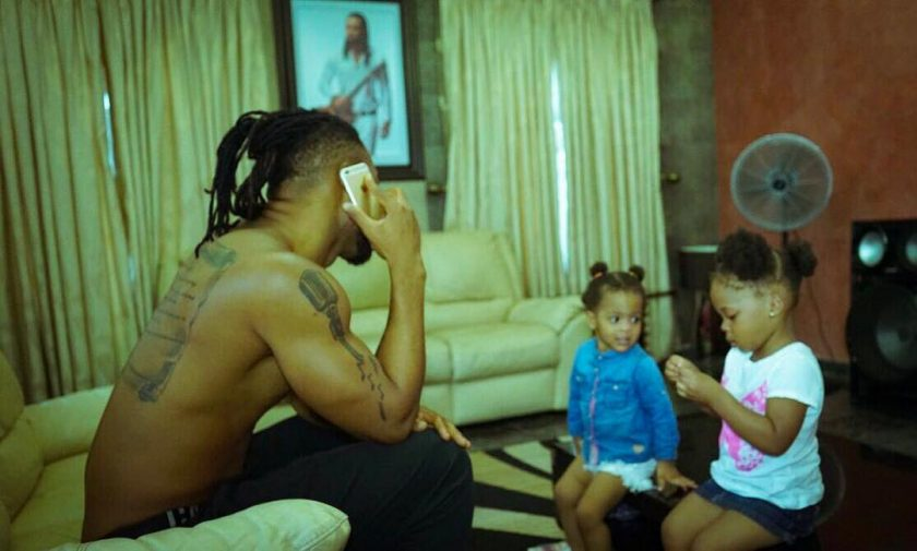 Flavour and his two daughters
