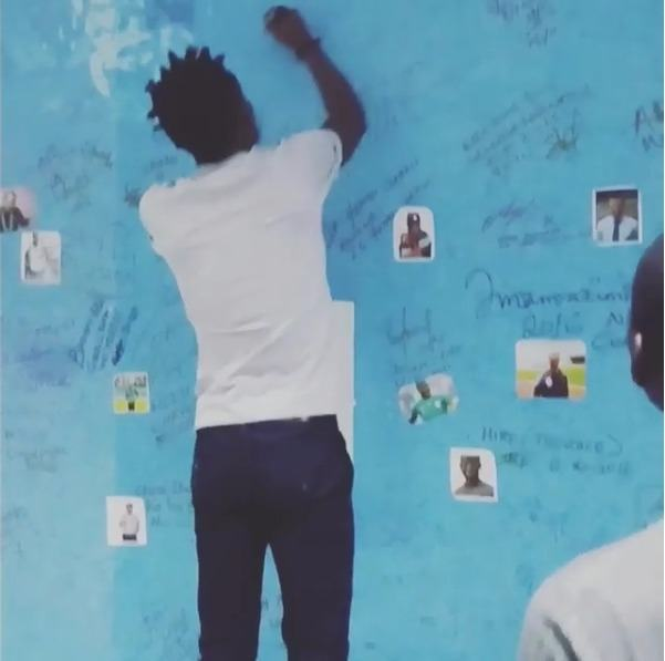Efe signs on SuperSports wall of champions