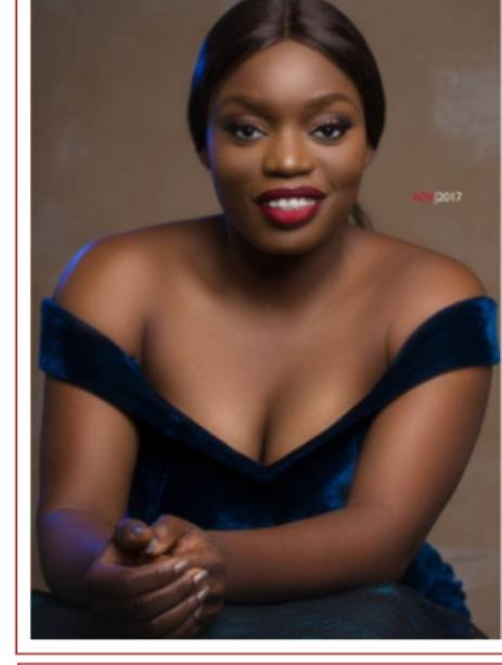 Bisola flaunts her cleavage in new photo