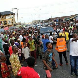 See As Massive Crowd Troop Out To Welcome Their Hero Efe In Warri